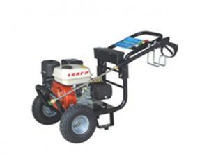 Máy xịt rửa xe máy chay xăng 3WZ - 2700A (6.5 HP) chuyên dụng