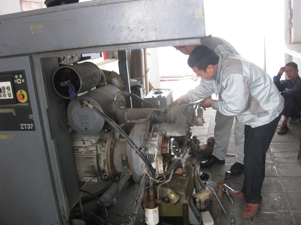 máy sấy khí cũ