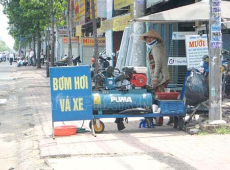 Máy nén khí Puma được ứng dụng trong việc bơm hơi, vá xe